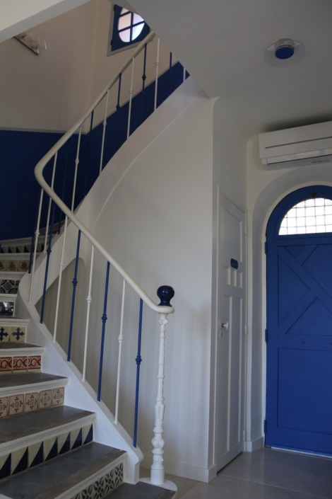 Sylvicolor Porte en chène peinte avec une peinture écologique bleue satinée